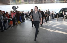 LONDON, ENGLAND - NOVEMBER 02: Richie McCaw, the captain of Rugby World Cup winners, the New Zealand All Blacks, arrives at Heathrow Airport at the start of his journey back to New Zealand on November 2, 2015 in London, United Kingdom. (Photo by David Rogers/Getty Images for England 2015)